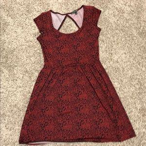 black and red flower patterned short dress